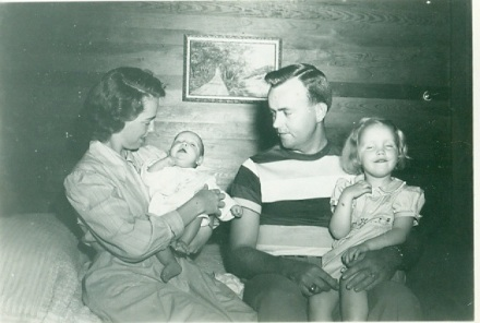 Martha, new born Homer Lindell Riley Jr, Dad, Martha Ellen